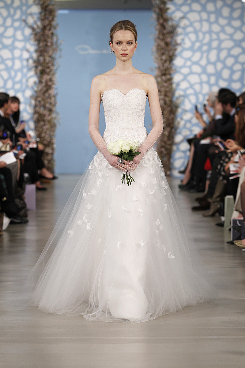 Wedding Dresses, Sweetheart Wedding Dresses, A-line Wedding Dresses, Romantic Wedding Dresses, Traditional Wedding Dresses, Fashion, Spring Weddings, Classic Weddings, Oscar de la renta