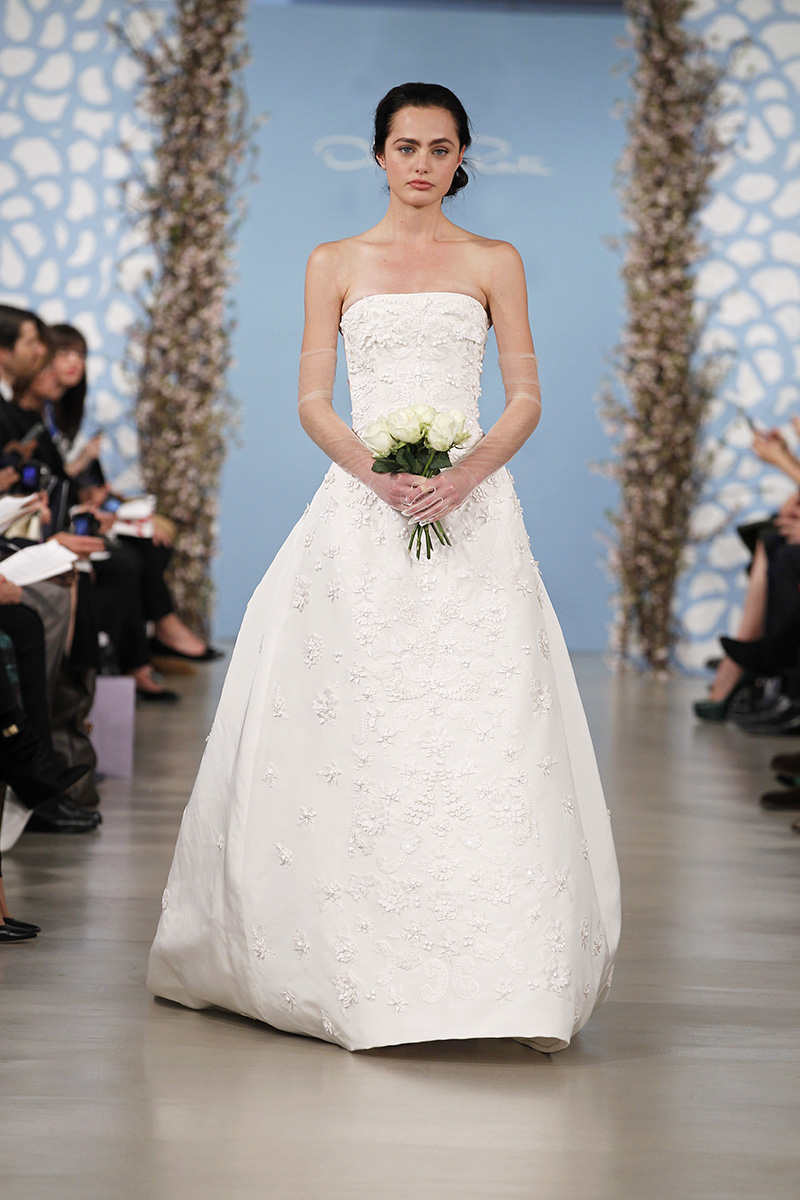 Wedding Dresses, Ball Gown Wedding Dresses, Traditional Wedding Dresses, Fashion, Classic Weddings, Strapless Wedding Dresses, Oscar de la renta