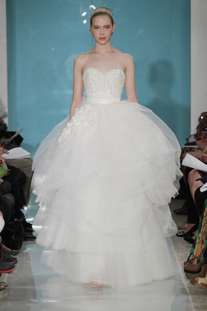 Wedding Dresses, Sweetheart Wedding Dresses, Ball Gown Wedding Dresses, Romantic Wedding Dresses, Fashion, Reem acra