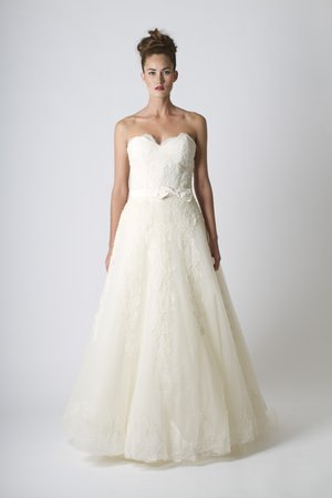 Wedding Dresses, Sweetheart Wedding Dresses, Lace Wedding Dresses, Romantic Wedding Dresses, Spring Weddings, Garden Weddings, Sareh Nouri