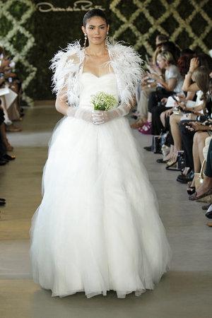 Wedding Dresses, Sweetheart Wedding Dresses, Ball Gown Wedding Dresses, Romantic Wedding Dresses, Hollywood Glam Wedding Dresses, Fashion, Fall Weddings, Glam Weddings, Oscar de la renta