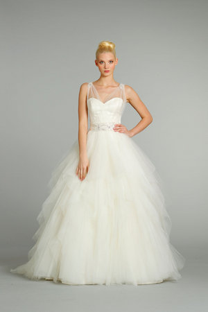 Wedding Dresses, Ball Gown Wedding Dresses, Romantic Wedding Dresses, Traditional Wedding Dresses, Fashion, Fall Weddings, Classic Weddings, V-neck Wedding Dresses, Alvina valenta