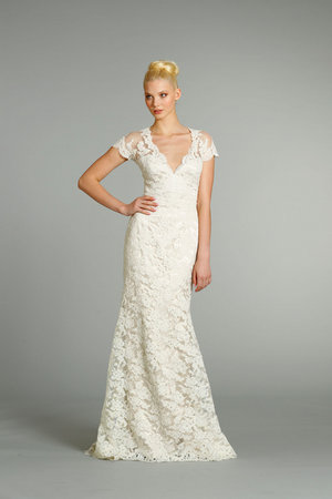 Wedding Dresses, Lace Wedding Dresses, Romantic Wedding Dresses, Fashion, Fall Weddings, Garden Weddings, Jim hjelm, V-neck Wedding Dresses, Wedding Dresses with Sleeves