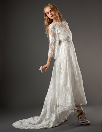 Wedding Dresses, Lace Wedding Dresses, Vintage Wedding Dresses, Fashion, Boho Chic Weddings, Elizabeth fillmore, Wedding Dresses with Sleeves