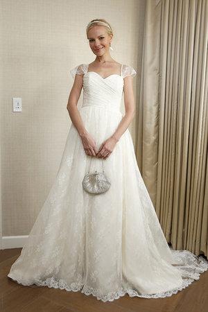 Wedding Dresses, Sweetheart Wedding Dresses, A-line Wedding Dresses, Lace Wedding Dresses, Romantic Wedding Dresses, Fashion, Garden Weddings, Amy kuschel
