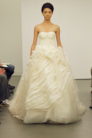 Wedding Dresses, Ball Gown Wedding Dresses, Ruffled Wedding Dresses, Fashion, Modern Weddings, Vera wang