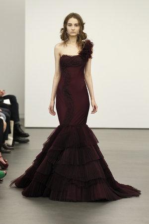 Wedding Dresses, One-Shoulder Wedding Dresses, Mermaid Wedding Dresses, Fashion, red, Modern Weddings, Vera wang, Modern Wedding Dresses