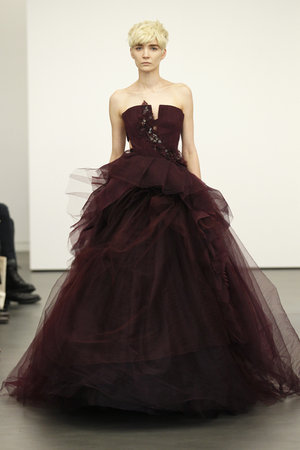 Wedding Dresses, Ball Gown Wedding Dresses, Fashion, red, Modern Weddings, Vera wang, Modern Wedding Dresses