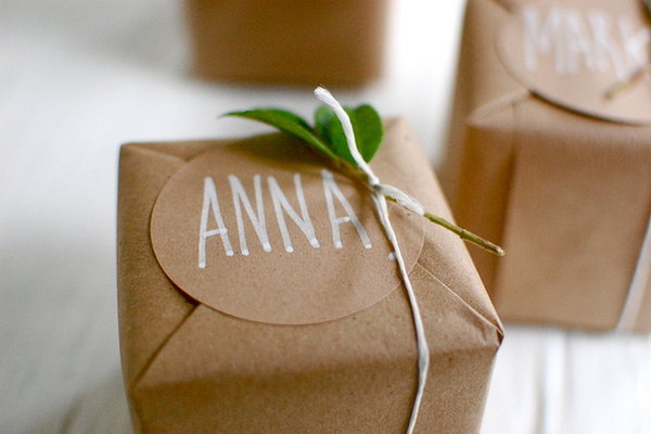 Gingerbread Cookie Favor Boxes