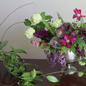 1375606472 thumb 1369260593 flowers spring centerpieces you ll love 6
