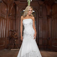 Wedding Dresses, Fashion, Strapless, Strapless Wedding Dresses, Beading, Fit and flare, Impression bridal, Beaded Wedding Dresses, criss-cross