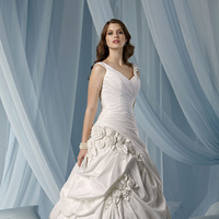 Wedding Dresses, Fashion, Flowers, V-neck, V-neck Wedding Dresses, Taffeta, Pick-ups, Rosettes, Impression bridal, pleated bodice, taffeta wedding dresses, Flower Wedding Dresses