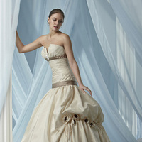 Wedding Dresses, Fashion, Rosette, Taffeta, Pick-ups, Impression bridal, pleated bodice, taffeta wedding dresses, satin band, jewel brooch