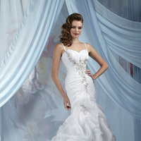 Wedding Dresses, Sweetheart Wedding Dresses, Fashion, Sweetheart, Beading, Organza, Pick-ups, Ruching, Impression bridal, chapel train, beaded straps, Beaded Wedding Dresses, organza wedding dresses