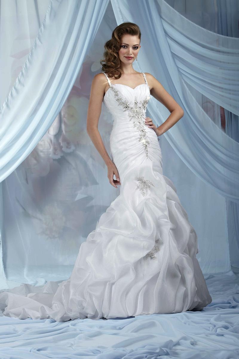 Wedding Dresses, Sweetheart Wedding Dresses, Fashion, Sweetheart, Beading, Organza, Pick-ups, Ruching, Impression bridal, chapel train, beaded straps, Beaded Wedding Dresses, organza wedding dresses
