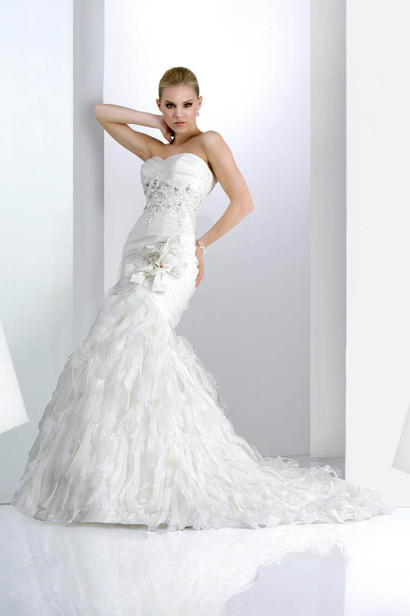 Wedding Dresses, Fashion, Beading, Impression bridal, pleated bust, layered skirt, Beaded Wedding Dresses, handmade flowers, organza skirt