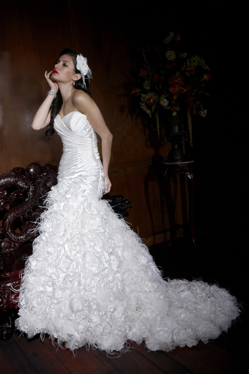 Wedding Dresses, Sweetheart Wedding Dresses, Fashion, Feathers, Sweetheart, Strapless, Strapless Wedding Dresses, Impression bridal, dropped waist, pleated bodice, floral details, Feather Wedding Dresses