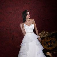 Wedding Dresses, Ruffled Wedding Dresses, Fashion, Strapless, Strapless Wedding Dresses, Beading, V-neck, V-neck Wedding Dresses, Natural waist, Ruffles, Beaded belt, Impression bridal, Beaded Wedding Dresses