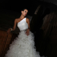 Wedding Dresses, One-Shoulder Wedding Dresses, Fashion, Organza, Beaded belt, Impression bridal, One-shoulder, ruffle skirt, organza wedding dresses