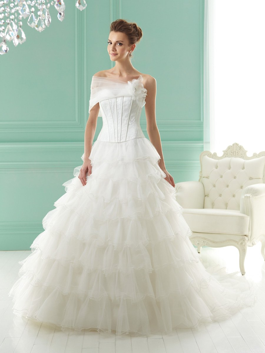 Wedding Dresses, Sweetheart Wedding Dresses, Ball Gown Wedding Dresses, Ruffled Wedding Dresses, Fashion, white, ivory, Sweetheart, Strapless, Strapless Wedding Dresses, Off the shoulder, Tulle, Satin, Floor, Ruffles, Tiers, Sleeveless, Ball gown, Jasmine collection, Avant-Garde, Jacket/Bolero, Off the Shoulder Wedding Dresses, tulle wedding dresses, satin wedding dresses, Floor Wedding Dresses, Tiered Wedding Dresses