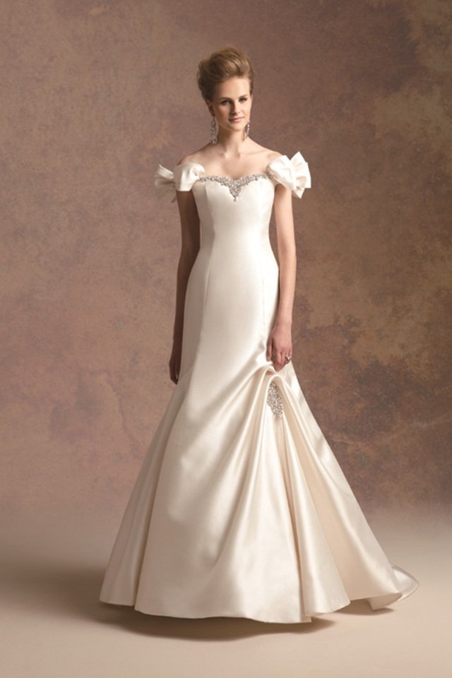 Wedding Dresses, Sweetheart Wedding Dresses, Mermaid Wedding Dresses, Fashion, ivory, Fall, Winter, Modern, Sweetheart, Beading, Satin, Floor, Formal, Natural, Hip, Modest, Sleeveless, Jasmine couture, Mermaid/Trumpet, Modern Wedding Dresses, Beaded Wedding Dresses, trumpet wedding dresses, winter wedding dresses, satin wedding dresses, Fall Wedding Dresses, Formal Wedding Dresses, Floor Wedding Dresses, Modest Wedding Dresses, Hip Wedding Dresses