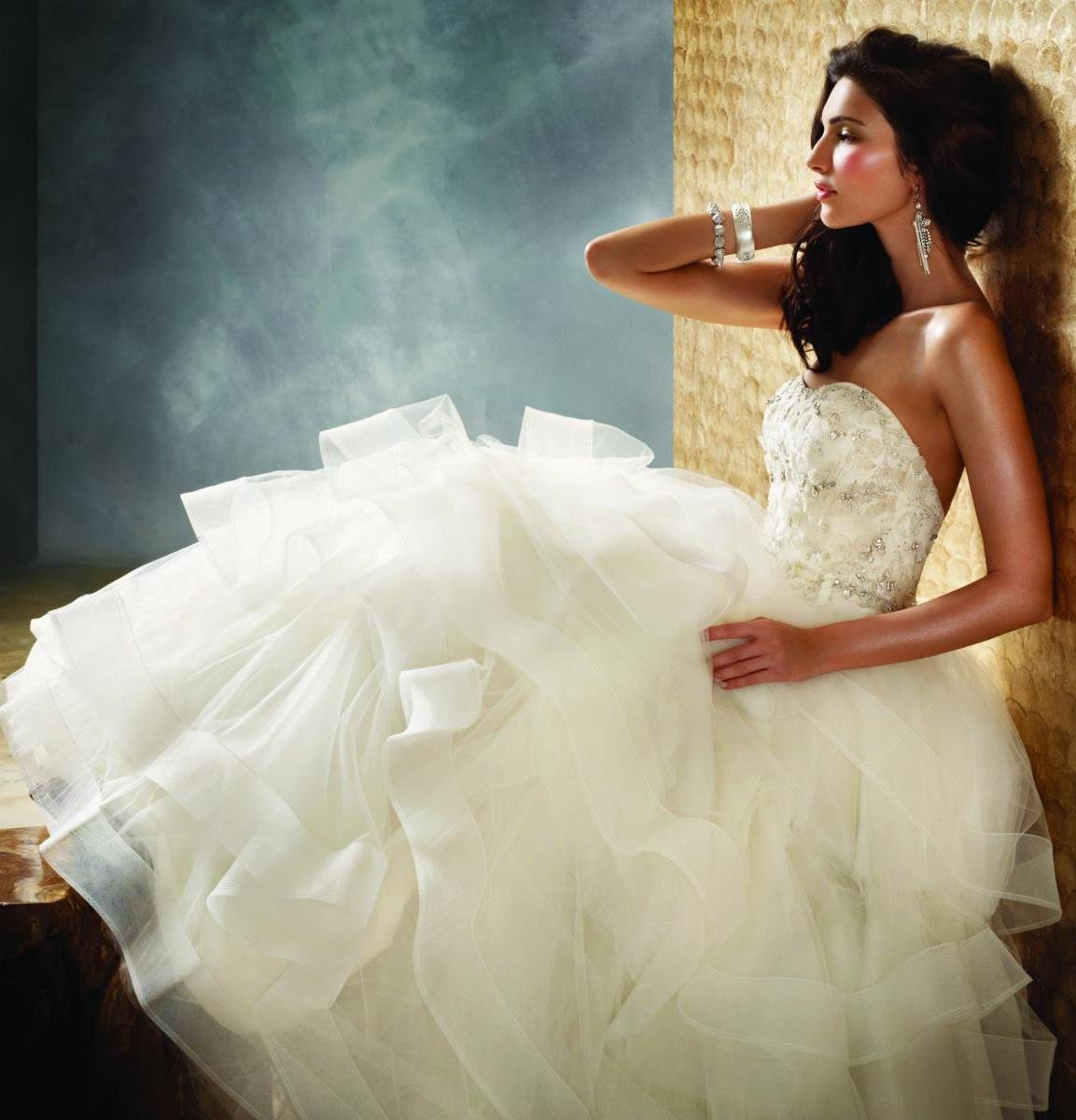 Wedding Dresses, Sweetheart Wedding Dresses, Ball Gown Wedding Dresses, Ruffled Wedding Dresses, Fashion, white, ivory, Jim hjelm, Sweetheart, Strapless, Strapless Wedding Dresses, Beading, Tulle, Floor, Ruffles, Tiers, Pick-ups, Sleeveless, Ball gown, Avant-Garde, Beaded Wedding Dresses, tulle wedding dresses, Floor Wedding Dresses, Tiered Wedding Dresses