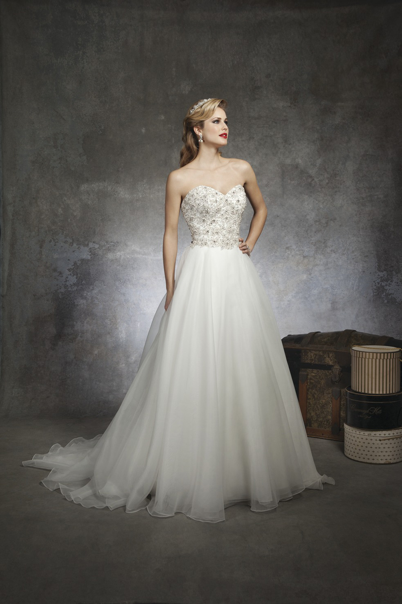 Sweetheart Wedding Dresses, Ball Gown Wedding Dresses, Romantic Wedding Dresses, Fashion, white, Romantic, Sweetheart, Strapless, Strapless Wedding Dresses, Beading, Tulle, Formal, Wedding dress, Justin Alexander, Sleeveless, Ball gown, Beaded Wedding Dresses, tulle wedding dresses, Formal Wedding Dresses