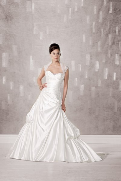 Wedding Dresses, Fashion, A-line, Beading, Classic, Floor, ivory, Jacket/Bolero, Kathy Ireland by 2be - Bridal, Pick-ups, Ruching, Satin, Sleeveless, Strapless, Sweetheart, Tulle, white, Strapless Wedding Dresses, Sweetheart Wedding Dresses, Floor Wedding Dresses, Beaded Wedding Dresses, satin wedding dresses, tulle wedding dresses, Classic Wedding Dresses, A-line Wedding Dresses