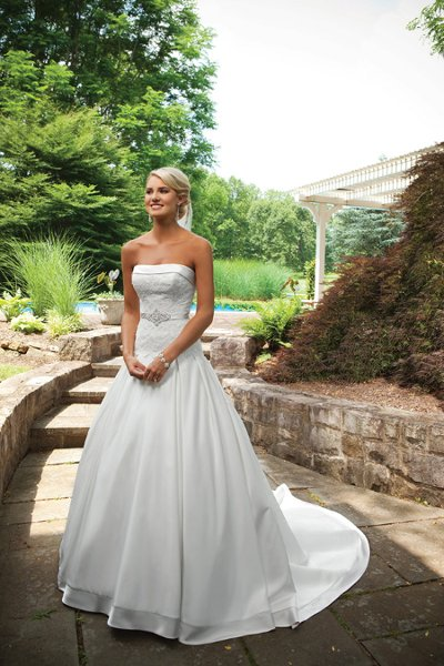 Wedding Dresses, Ball Gown Wedding Dresses, Lace Wedding Dresses, Fashion, white, ivory, silver, Classic, Lace, Strapless, Strapless Wedding Dresses, Beading, Satin, Floor, Pleats, Sleeveless, Ball gown, Beaded Wedding Dresses, Classic Wedding Dresses, Kathy Ireland by 2be - Bridal, satin wedding dresses, Floor Wedding Dresses