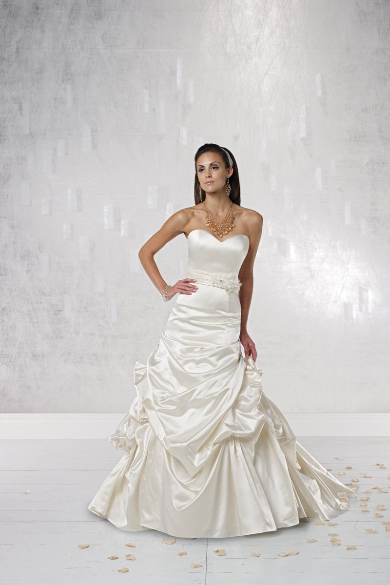 Wedding Dresses, Sweetheart Wedding Dresses, Mermaid Wedding Dresses, Lace Wedding Dresses, Fashion, white, ivory, Classic, Flowers, Lace, Sweetheart, Strapless, Strapless Wedding Dresses, Beading, Satin, Floor, Dropped, Pick-ups, Sleeveless, Mermaid/Trumpet, Fit-n-Flare, Beaded Wedding Dresses, trumpet wedding dresses, Classic Wedding Dresses, Kathy Ireland by 2be - Bridal, satin wedding dresses, Flower Wedding Dresses, Floor Wedding Dresses
