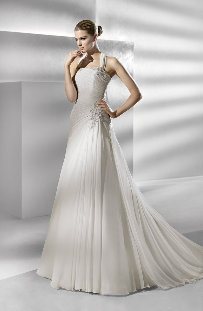 Wedding Dresses, A-line Wedding Dresses, Vintage Wedding Dresses, Hollywood Glam Wedding Dresses, Fashion, white, ivory, Vintage, Classic, Strapless, Strapless Wedding Dresses, A-line, Beading, Halter, Empire, Floor, Chiffon, La sposa, Sleeveless, Ruching, hollywood glam, halter wedding dresses, Beaded Wedding Dresses, Classic Wedding Dresses, Chiffon Wedding Dresses, Floor Wedding Dresses