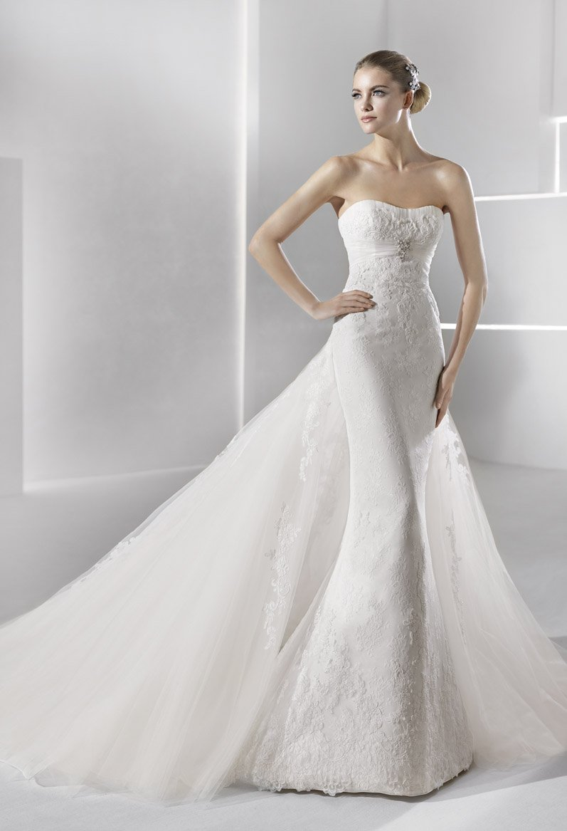 Wedding Dresses, Sweetheart Wedding Dresses, Lace Wedding Dresses, Hollywood Glam Wedding Dresses, Fashion, white, ivory, Lace, Sweetheart, Strapless, Strapless Wedding Dresses, Beading, Sheath, Tulle, Floor, Formal, La sposa, Sleeveless, hollywood glam, Beaded Wedding Dresses, tulle wedding dresses, Sheath Wedding Dresses, Formal Wedding Dresses, Floor Wedding Dresses