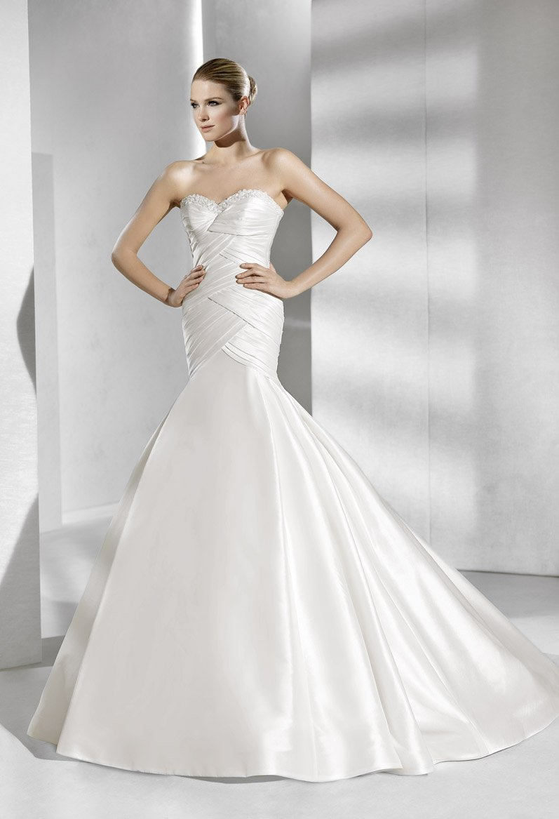 Wedding Dresses, Sweetheart Wedding Dresses, Fashion, white, Modern, Shabby Chic, Mermaid, Sweetheart, Strapless, Strapless Wedding Dresses, Beading, Trumpet, Floor, Formal, Dropped, La sposa, Taffeta, Pleats, Sleeveless, Ruching, Modern Wedding Dresses, Beaded Wedding Dresses, taffeta wedding dresses, Formal Wedding Dresses, Floor Wedding Dresses, Shabby Chic Wedding Dresses
