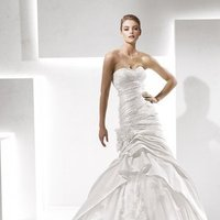 Wedding Dresses, Sweetheart Wedding Dresses, Ruffled Wedding Dresses, Fashion, white, Flowers, Mermaid, Sweetheart, Strapless, Strapless Wedding Dresses, Fit and flare, Tulle, Trumpet, Floor, Formal, Ruffles, Hip, La sposa, Taffeta, Pleats, Sleeveless, taffeta wedding dresses, tulle wedding dresses, Flower Wedding Dresses, Formal Wedding Dresses, Floor Wedding Dresses, Hip Wedding Dresses