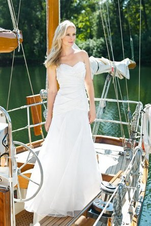 Wedding Dresses, Sweetheart Wedding Dresses, A-line Wedding Dresses, Fashion, white, Sweetheart, A-line, Beading, Chapel, Organza, Dropped, Sleeveless, floor length, Beaded Wedding Dresses, organza wedding dresses, lea ann belter