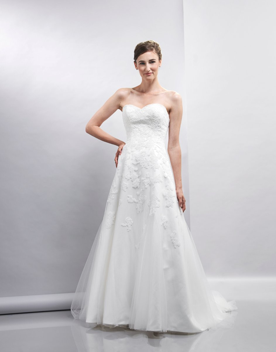 Wedding Dresses, Sweetheart Wedding Dresses, A-line Wedding Dresses, Romantic Wedding Dresses, Fashion, white, ivory, Spring, Classic, Romantic, Sweetheart, Strapless, Strapless Wedding Dresses, A-line, Tulle, Satin, Floor, Formal, Natural, Sleeveless, Lis simon, Spring Wedding Dresses, Classic Wedding Dresses, tulle wedding dresses, satin wedding dresses, Formal Wedding Dresses, Floor Wedding Dresses