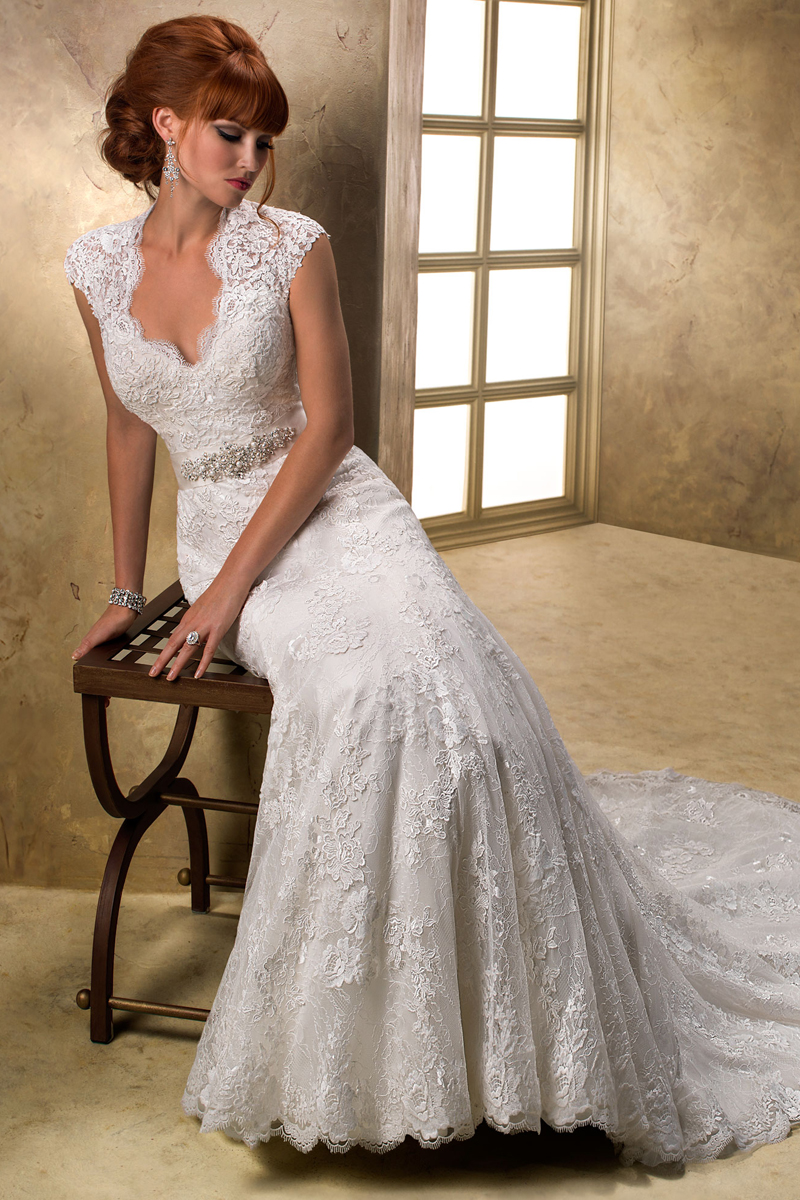 Wedding Dresses, Lace Wedding Dresses, Fashion, Lace, Cap sleeves, Beading, V-neck, V-neck Wedding Dresses, Sheath, Tulle, Maggie Sottero, Beaded Wedding Dresses, tulle wedding dresses, Sheath Wedding Dresses