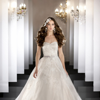 Wedding Dresses, Sweetheart, Strapless, Tulle, Swarovski crystal, Martina Liana, Ball gown, chapel train, bridal fashion, lace applique