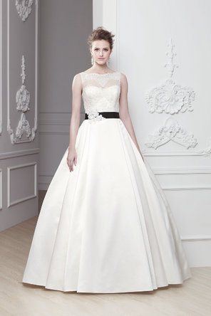 Wedding Dresses, A-line Wedding Dresses, Lace Wedding Dresses, Fashion, ivory, Lace, A-line, Natural waist, Ribbons, Chapel, Sashes, Modeca, floor length, bateau, Bateau Wedding Dresses, sleevless