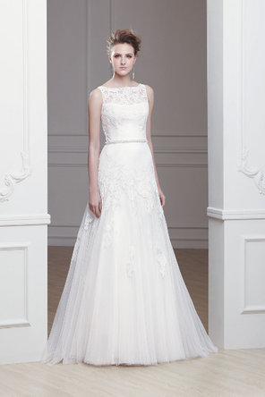 Wedding Dresses, A-line Wedding Dresses, Lace Wedding Dresses, Romantic Wedding Dresses, Fashion, ivory, Classic, Romantic, Lace, A-line, Natural waist, Tulle, Sleeveless, Modeca, chapel train, floor length, bateau, Bateau Wedding Dresses, Classic Wedding Dresses, tulle wedding dresses