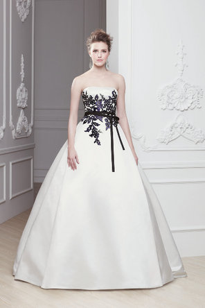 Wedding Dresses, A-line Wedding Dresses, Fashion, Strapless, Strapless Wedding Dresses, A-line, Sash, Natural waist, Ribbon, Belt, Satin, Embroidery, Sleeveless, Modeca, chapel train, floor length, satin wedding dresses