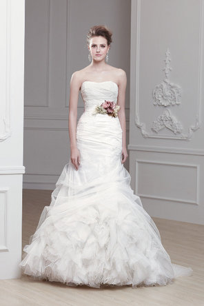 Wedding Dresses, Ruffled Wedding Dresses, Fashion, ivory, Mermaid, Strapless, Strapless Wedding Dresses, Tulle, Trumpet, Chapel, Ruffles, Dropped, Sleeveless, Modeca, floor length, tulle wedding dresses
