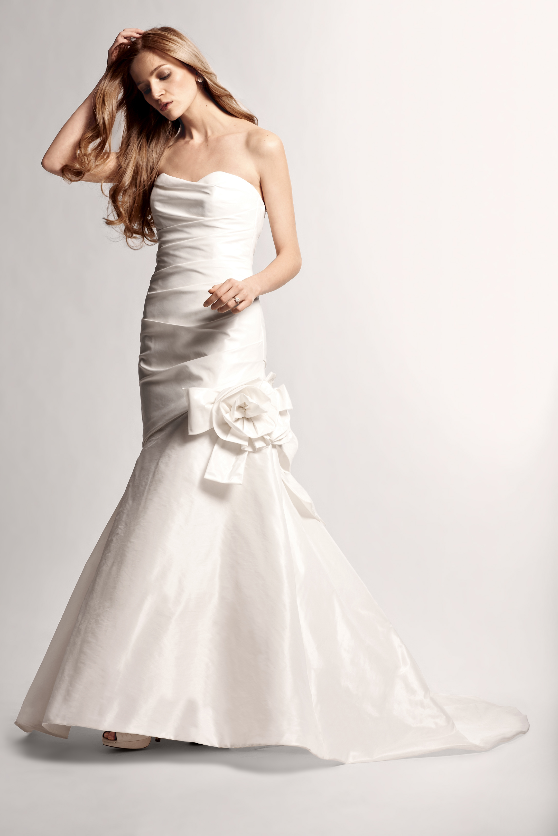 Wedding Dresses, Sweetheart Wedding Dresses, Fashion, Gown, Train, Sweetheart, Sash, Organza, Silk, Ruched, organza wedding dresses, Nordstrom Wedding Suite, nouvelle amsale, trumpet shaped, bow-know sash, Silk Wedding Dresses
