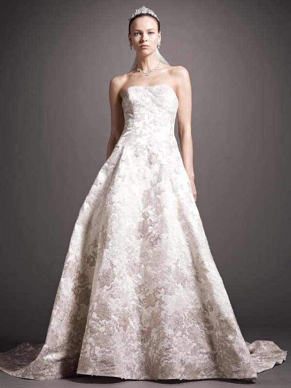 Sweetheart Wedding Dresses, Ball Gown Wedding Dresses, Romantic Wedding Dresses, Hollywood Glam Wedding Dresses, Fashion, white, ivory, Classic, Flowers, Romantic, Sweetheart, Strapless, Strapless Wedding Dresses, Beading, Satin, Floor, Wedding dress, Dropped, Oleg cassini, Ruching, Ball gown, hollywood glam, Beaded Wedding Dresses, Classic Wedding Dresses, Sleveless, satin wedding dresses, Flower Wedding Dresses, Floor Wedding Dresses