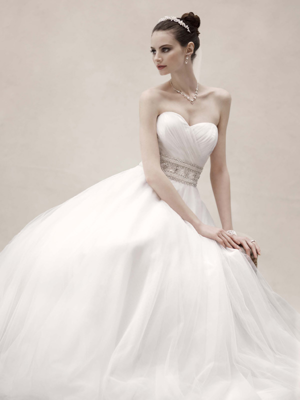 Fashion, white, ivory, Sweetheart, Beading, Wedding dress, Strapless, Floor, Oleg cassini, Organza, Stain, Ball gown, Sleveless, Strapless Wedding Dresses, Sweetheart Wedding Dresses, Floor Wedding Dresses, Beaded Wedding Dresses, organza wedding dresses, Ball Gown Wedding Dresses