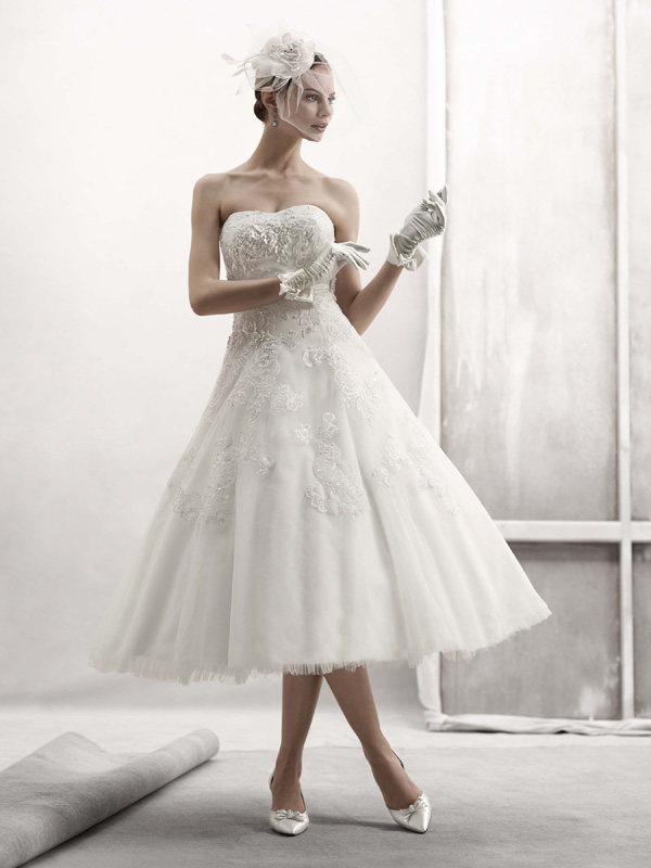 Sweetheart Wedding Dresses, Mermaid Wedding Dresses, Lace Wedding Dresses, Fashion, white, ivory, Lace, Sweetheart, Strapless, Strapless Wedding Dresses, Beading, Floor, Wedding dress, Oleg cassini, Fit-n-Flare, Beaded Wedding Dresses, Sleveless, Floor Wedding Dresses
