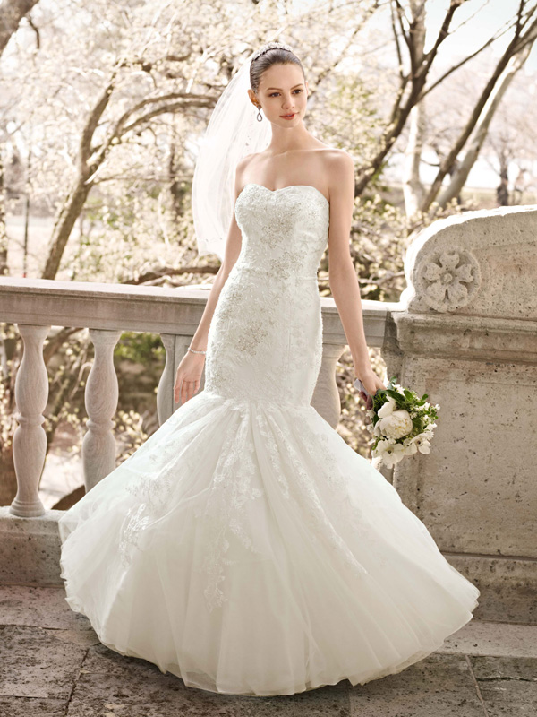 Ball Gown Wedding Dresses, Lace Wedding Dresses, Romantic Wedding Dresses, Fashion, white, ivory, Romantic, Lace, Strapless, Strapless Wedding Dresses, Satin, Floor, Wedding dress, Beaded, Oleg cassini, Ball gown, Sleveless, satin wedding dresses, Floor Wedding Dresses