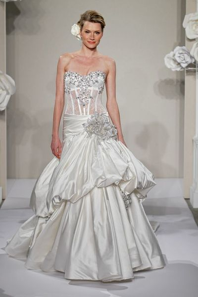Wedding Dresses, Sweetheart Wedding Dresses, Ball Gown Wedding Dresses, Fashion, Sweetheart, Strapless, Strapless Wedding Dresses, Beading, Corset, Pick-ups, Pnina tornai, Ball gown, chapel train, dropped waist, Beaded Wedding Dresses, silk taffeta