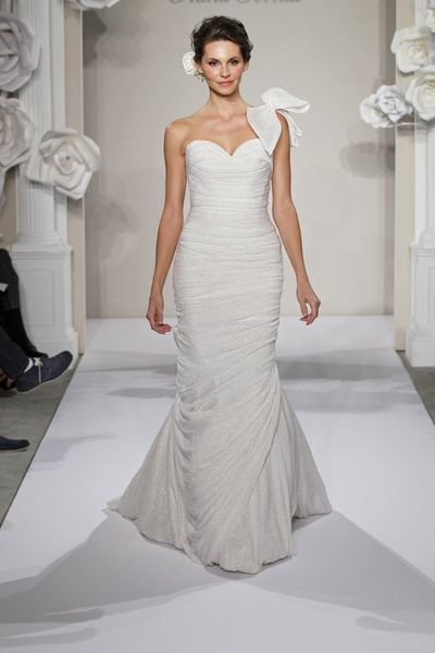 Wedding Dresses, Sweetheart Wedding Dresses, One-Shoulder Wedding Dresses, Fashion, Mermaid, Sweetheart, Bow, Silk, Pnina tornai, One-shoulder, chapel train, ruched bodice, Silk Wedding Dresses
