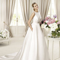 Wedding Dresses, Fashion, Sash, Pronovias, Bow, Silk, Pockets, pleated skirt, bateau, Bateau Wedding Dresses, Pronovias Costura, gemstone brooch, Silk Wedding Dresses